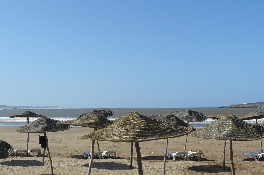 La plage d'Essaouira est idéal pour les activités nautiques.