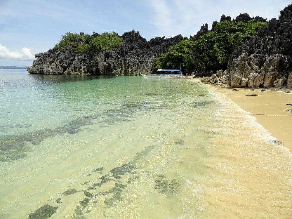 lahos island caraoman Plages des Philippines
