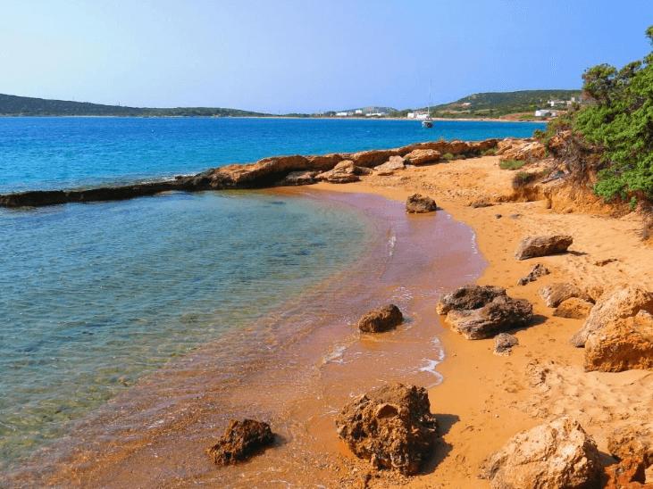 plage de lageri naturisme en grèce