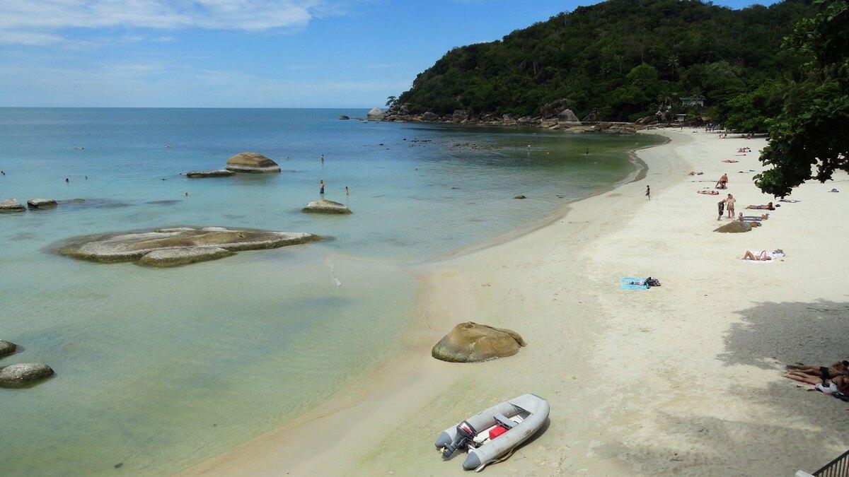 silver beach bateaux rochers plages de koh samui