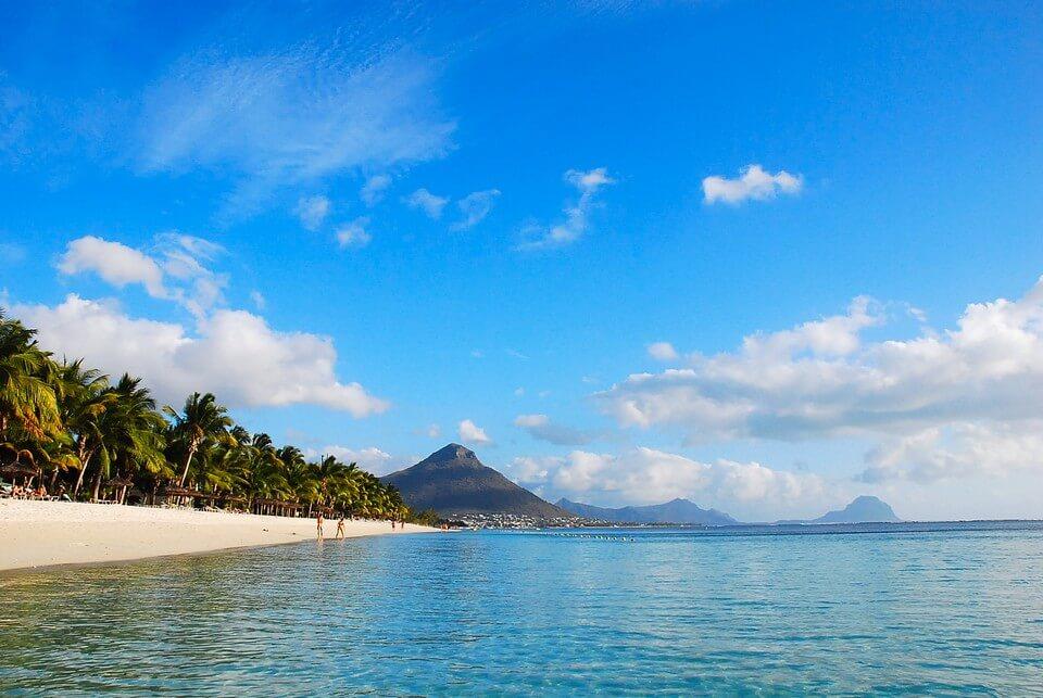plage flic en flac cocotiers plages de l'île Maurice