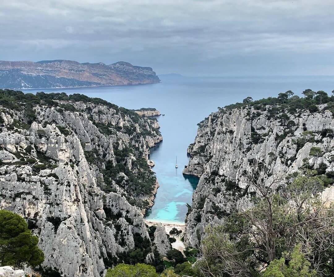 calanque d'en vau marseille Plus belles plages de France