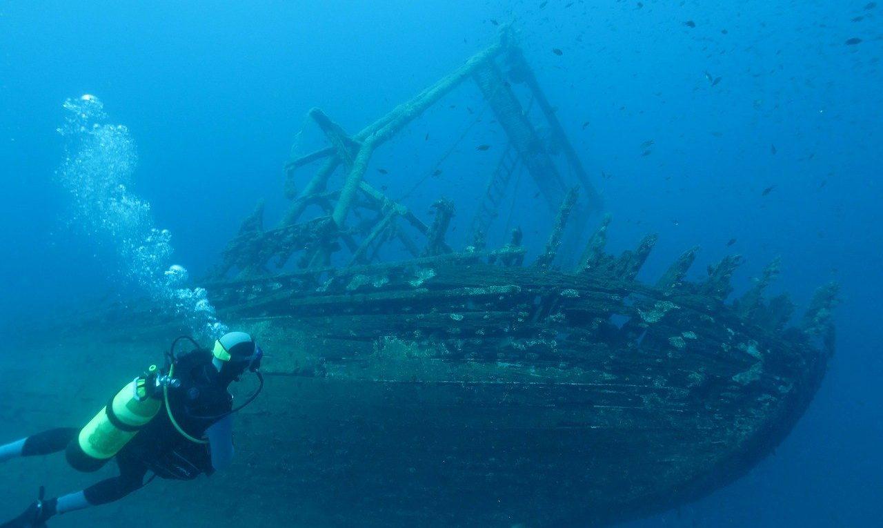 plongeur epave