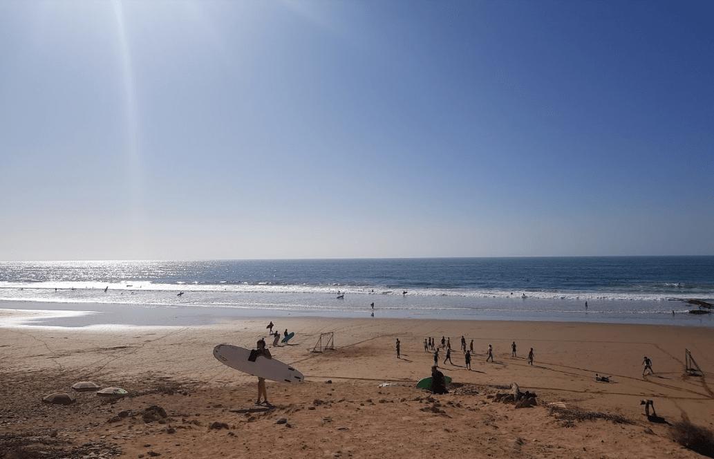 plage aourir surfeur plages d'agadir