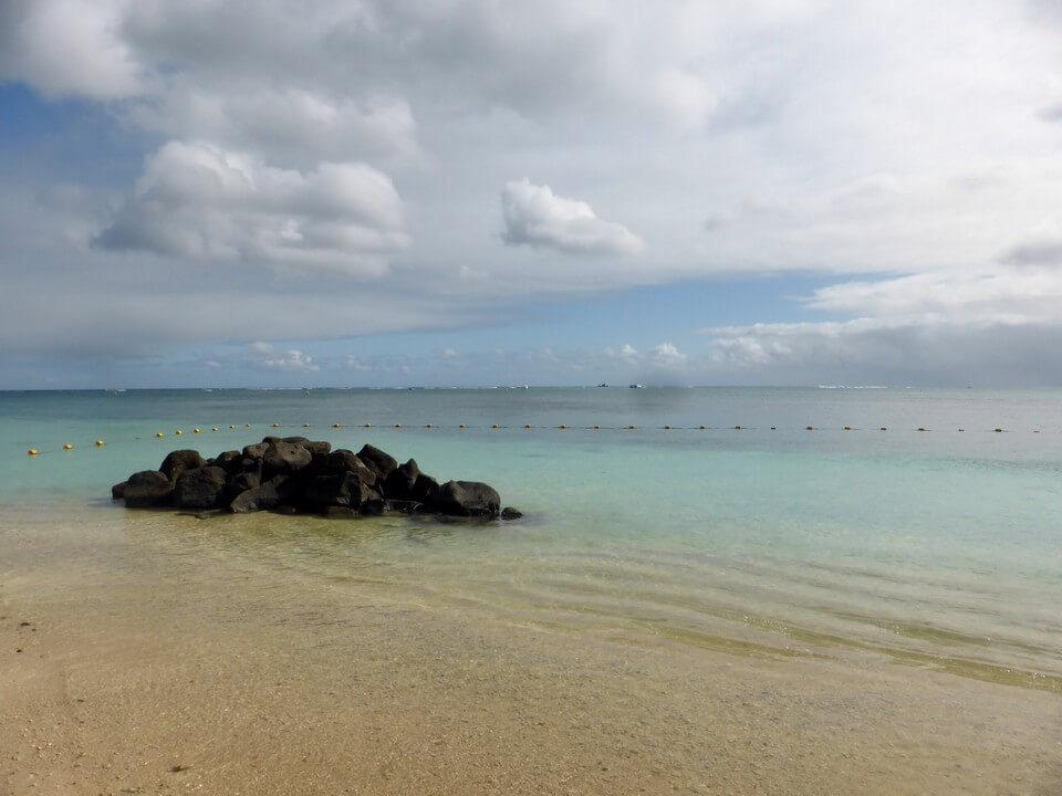 eau transparente plage de Trou aux Biches île Maurice