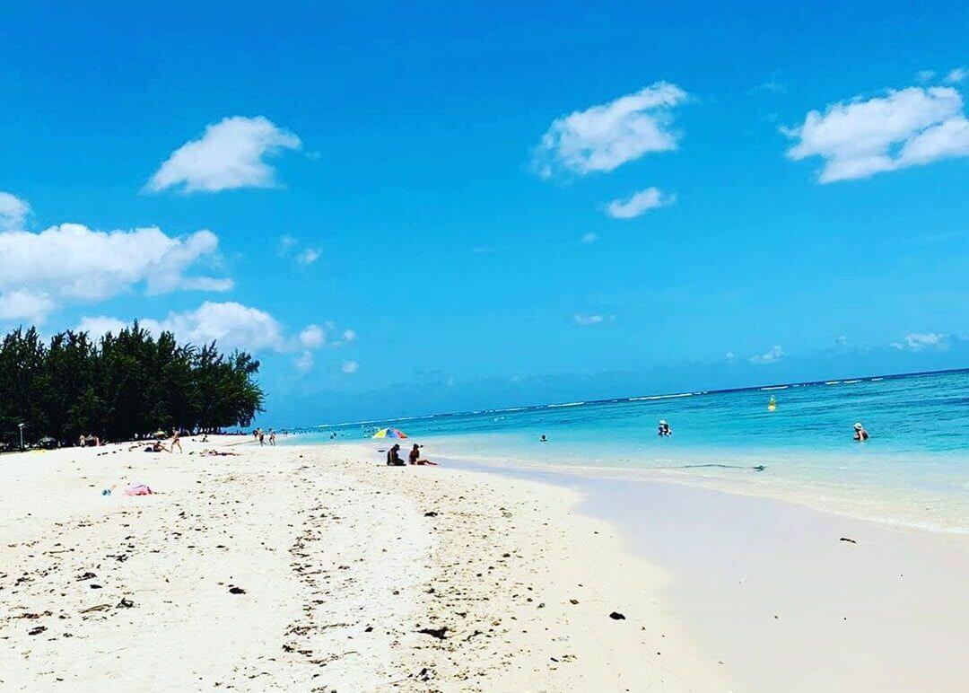plage sable blanc Trou aux Biches
