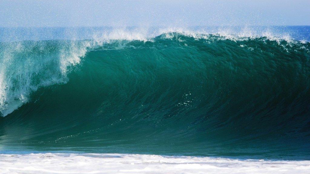 surf en guadeloupe vague